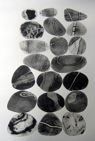 Pebbles are Great 4(Sepia) - Tessa Horrocks